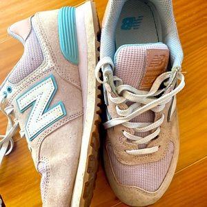 New Balance 574 woman's runners. Size 39.